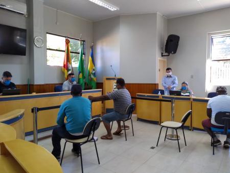 Executivo e Legislativo realizam mutirão para cadastro no auxílio emergencial