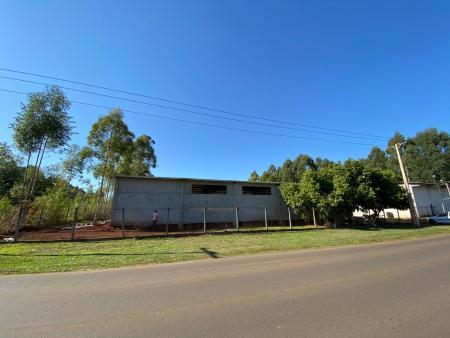 Avança construção de novo pavilhão para empresa no município