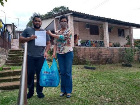 Ventos de Solidariedade na Travessa dos Cataventos faz entrega em Taquari