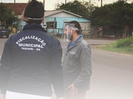 Durante trabalho da Fiscalização Municipal, vendedor ambulante que deveria estar em prisão domicilia