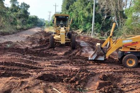 Prefeitura realiza desvio na estrada da Beira do Rio