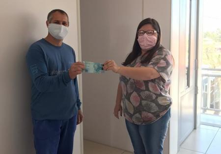 Ganhador de sorteio do Nota Fiscal Gaúcha retira prêmio