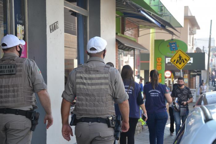Fiscalização de Taquari realiza operação de orientação