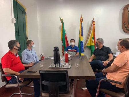 Prefeitos de Taquari e Triunfo, André Brito e Murilo Machado, realizaram encontro nesta terça-feira