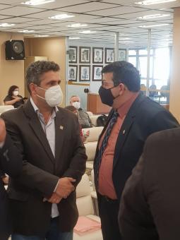 Prefeito André Brito participa de reunião para debater os repasses aos hospitais dos municípios