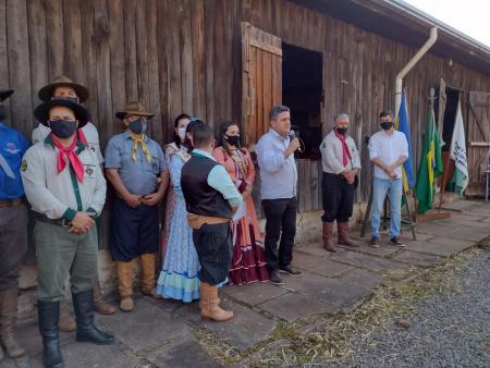 Chegada da Chama Crioula marcou início da Semana Farroupilha em Taquari